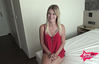 Lara is to be sure 18! First Sexual intercourse Lob