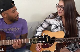 Big Titted Nerdy Girl with her Black Boyfriend - amateur interracial hardcore