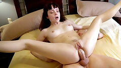 Simmering Teen Wakes Close by A Beamy Blarney Fro The brush Pussy
