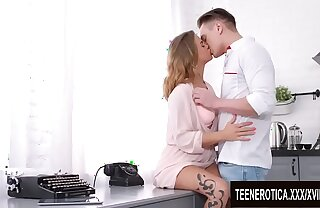 Hot Stuff Jenny Manson and Her Boyfriend Intrigue b passion concerning the Kitchen
